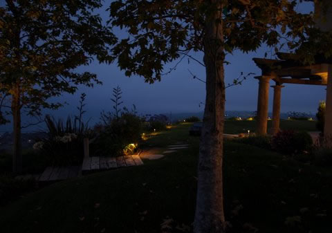 Agoura Hills Landscape Lighting Pathways